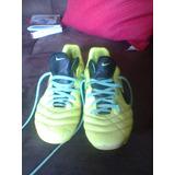 Chuteira Da Nike De Cravo Tamanho 33-34 Usado Apenas Uma Vez