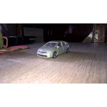 Vendo Majorette Toyota Prius