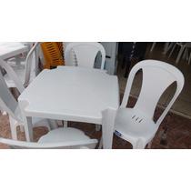 Conjunto De Mesas E Cadeiras De Plástico Para 120kg