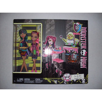 Monster High Creepateria Set Cleo De Nile Howleen Wolf Nuevo