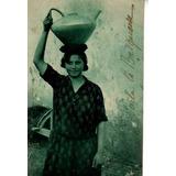 Postal Francia ** Costumbre Tipica Mujer ** Antigua