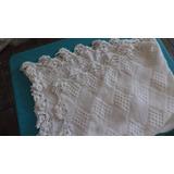 Mantillas Para Bebe Tejidas En Hilo De Algodon Con Crochet.-