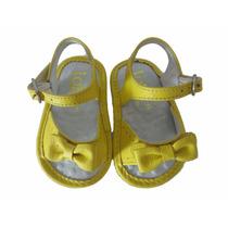 10803 - Infantil Feminino Sandália Couro Bebê Amarela Toke