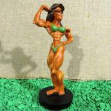 Mulher Fisiculturista - Boneco Musculoso - Musculação