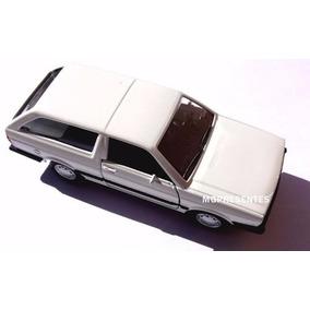 Kit Com 2 Miniaturas Vw Parati E Santana Carros Do Brasil