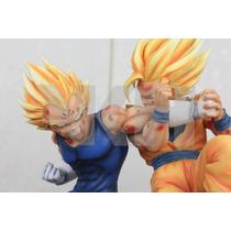 Goku Vs Vegeta Figura De Resina Vkh Dragon Ball Z