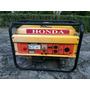 Generador Eléctrico A Gasolina Honda De 2.2 Kva