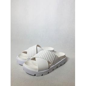 Ojota Chinela Sandalia De Goma Tachas Plástico Mujer