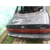 Tampa Traseira Porta Malas Toyota Corolla 93/94/95/96/97