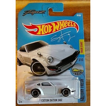 Hot Wheels 2017 Custom Datsun 240 Z