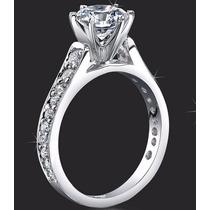 Anillo 14kt Macizo 4.5gr Con Diamante Ruso Swarovski