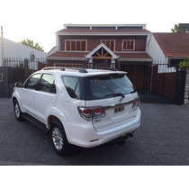 Toyota Hilux Sw4 3.0 D Srv At 4x4 7 Asientos Permuto