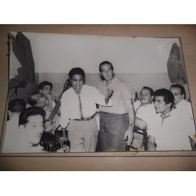 Antigua Tarjeta Foto Fotografia Young Cantante Voz Guitarra