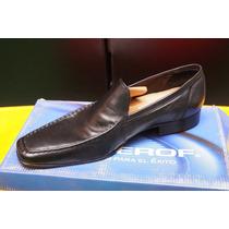 Zapato Negro Marca Moderof Talla 29.5