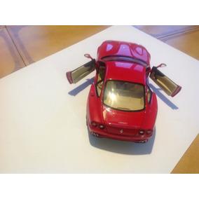 Miniatura Ut 1/18 Ferrari 550 Maranello Berlinetta