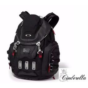 Mochila Oakley P/ Viagem Trilha Super Resistente Impermeável