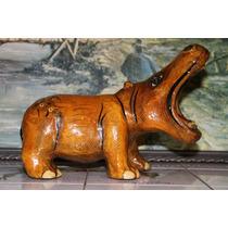 Bonito Hipopotamo Hecho En Papel Mache.