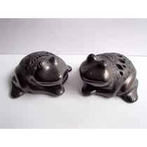 Artesanía De Barro Negro Juego De 2 Ranas Caladas (animales)