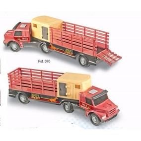 Caminhão Truck Boiadeiro Com Rampa Móvel