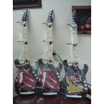 Perchero De Madera Forma De Guitarra Tamaño Real