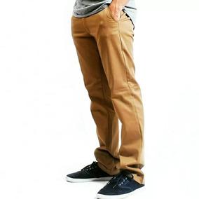 Pantalón Chino Tipo Skater
