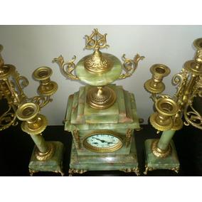 Relógio De Cornija E Par De Candelabros Ônix Verde E Bronze