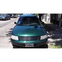 Vendo Volkswagen Passat 1.9 Tdi