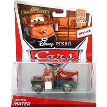 Disney Cars 2 Waiter Mater Garçon Mattel Relâmpago Mcqueen