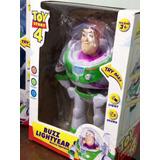 Buzz Lightyear Toy Story - Camina, Suena Y Tiene Luces 26 Cm