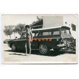 Antigua Foto Mujer En Traje De Baño Con Automovil Rambler