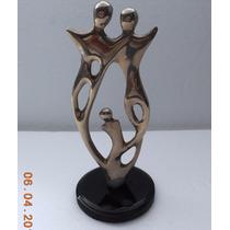 Escultura Metalica La Familia 23 Cm Alto X Base 10 Cm Diam.