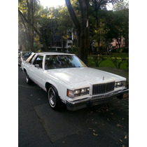 Ford Grand Marquis 84 Lujo