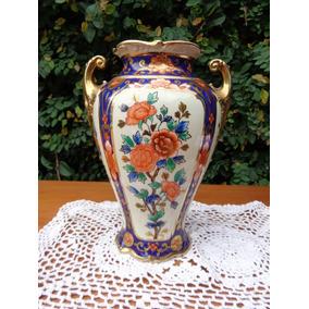 Un Precioso Florero De Porcelana Noritaké