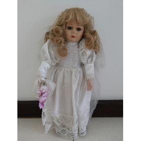 Boneca Noiva Rara E Antiga Comprada Na Alemanha.
