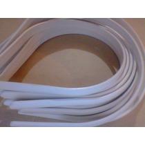 12 Tiaras De Plasticos Branca/ Preta 10mm
