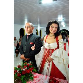 Vestido De Noiva Medieval Super Estiloso E Original