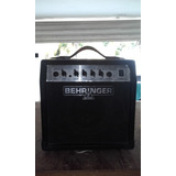 Amplificador Behringer 15 Watts