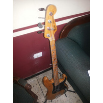 Bajo Fender Americano