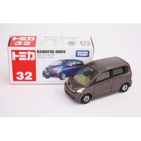 Takara Tomy Tomica Nº 32 Daihatsu Move Purple