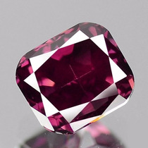 Diamante Color Rosa Purpura .37 Cts Natural. Corte Radiant