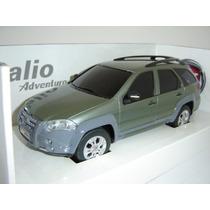 Miniatura Fiat Palio Weekend Adventure - 1/18 Nova !
