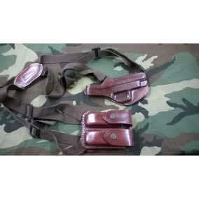Sobaquera P/ Pistola De Cuero C/ Porta Cargador Doble