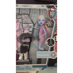 Monster High Abbey Bominable Outfit Cambio De Ropa