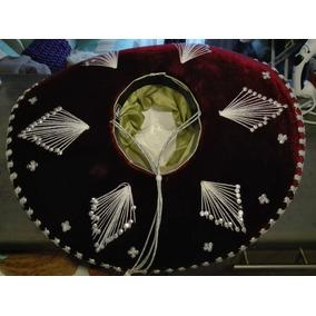c10a1567b24b4 Vendo Sombrero Mexicano Original - Vestuario y Calzado