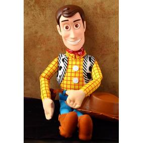 Boneco Toy Story- Xerife Woody Pelúcia Figura Ação