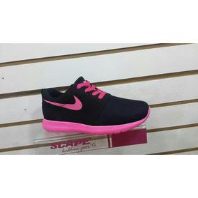 Zapatos Deportivos Nike Roshe Rum De Dama