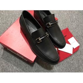 886625e8a7209 zapatos gucci y ferragamos