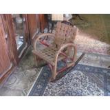 Linda Cadeira De Balanço Antiga De Criança De Madeira