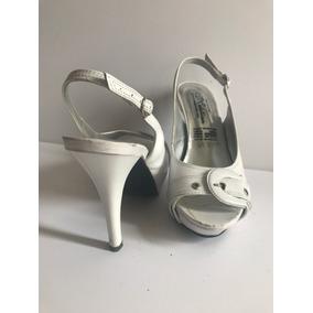 Zapatillas Talla 3. Remate, Súper Cuidadas $150 C/u
