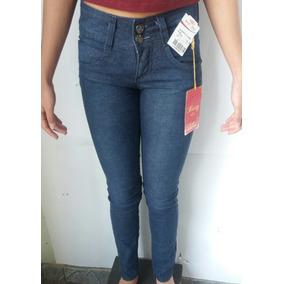 f45cc1c4e Calça Capri Jeans Claro Questão De Estilo Tamanho 36 - Calças no ...
